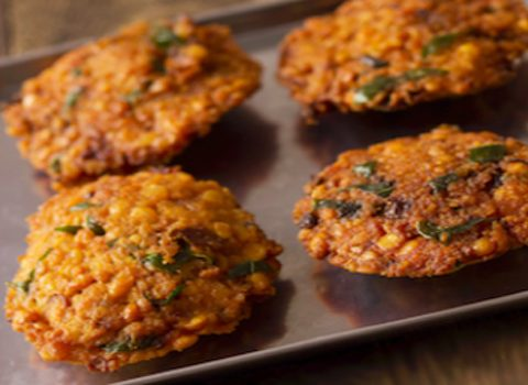 masala vada served - receipe from vijayalakshmi appliances